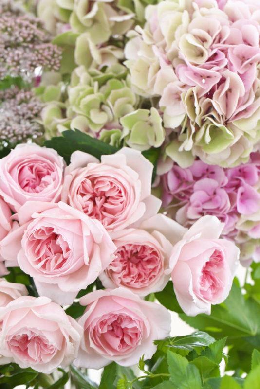 ピンクの花材